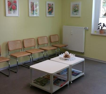 Praxis Dr. Vanryssel Wartezimmer